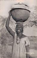 A.O.F. / VENDEUSE DE VIN DE PALMES - Senegal