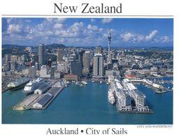 (B 30) New Zealand - Auckland City Wharfs With Cruise Ship - Nuova Zelanda