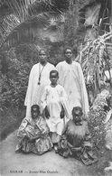 """CPA AFRIQUE / SENEGAL """" Dakar, Jeunes Filles Ouolofs"""" - Senegal"""