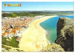 Nazaré - Vue Sur La Ville Et La Plage - Portugal