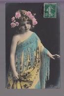 CPA FANTAISIE - Joli Portrait De Fillette Avec Fleurs Dans Les Cheveux Robe Et Châle - Abbildungen