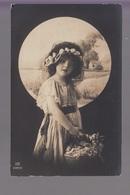 CPA FANTAISIE - Joli Portrait De Fillette Avec Panier De Fleurs Et Couronne De Fleurs - Abbildungen