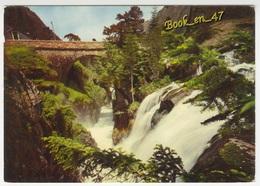 {59679} 65 Hautes Pyrénées Environs De Cauterets , Le Pont D' Espagne , Le Gouffre Et La Cascade - Ponts