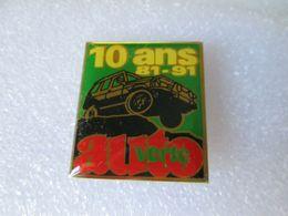 PIN'S   AUTO VERTE  10 ANS    34x30mm - Fiat