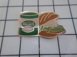 310a Pin's Pins / Beau Et Rare / THEME : ALIMENTATION / SNDWICHE AU ROQUEFORT SOCIETE FROMAGE - Alimentación