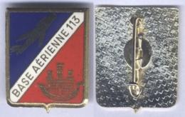 Insigne De La Base Aérienne 113 - St Dizier - ( Château Doré ) - Fuerzas Aéreas