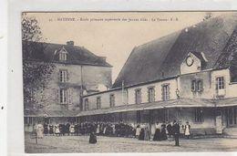 Mayenne - Partie De Tennis à L'école Supérieure Des Jeunes Filles       (A-244-200305) - Tennis