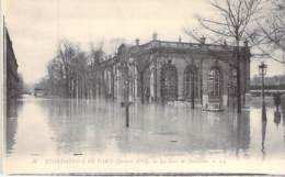 75 - PARIS 7 ° - INONDATIONS De PARIS ( Janvier 1910 ) La GARE Des INVALIDES - CPA - Seine - De Overstroming Van 1910