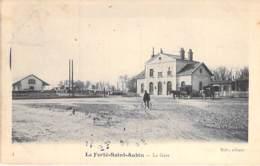 45 - LA FERTE ST AUBIN : La Gare ( SNCF ) - CPA - Loiret ( Région Centre ) - La Ferte Saint Aubin