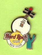 Pin's Hard Rock Café New York Guitare De Lune - HRC100 - Musica