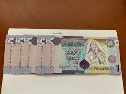 Libya 1 Dinara Lot Of 5 Uncirc. Banknotes 2009 - Libyen