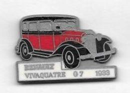 Pin's  Mat  Automobile  RENAULT  Rouge  VIVAQUATRE  G 7  1933  Signé  C E F  PARIS - Renault