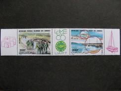 Comores: TB Triptyque PA N° 212 A, Neuf XX. Vignette LOME 85. - Isole Comore (1975-...)