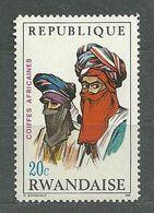 Rwanda, 1969 (#327a), Coiffures Africaines, African Headdresses, Afrikanischer Kopfschmuck, Copricapi Africani-1v Single - Kostüme