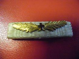 Rare FRANCE - Rappel Barrette Militaire Rare Palme Croix Rouge - Insigne & Ordelinten