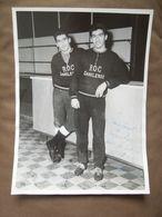 Ancienne Grande Photo 2 Joueurs ROC -  Olympic  Charleroi Dédicace Pour Melle Warnon Et 1 Autographe Devillers ?? - Authographs
