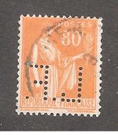 Perforé/perfin/lochung France No 366 L.F. Labouche Frères - France