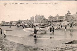 BLANKENBERGE : Barque De Sauvetage Sur La Plage - Blankenberge
