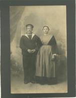 Carte Photo Un Marin Avec Femme , Saint Guen Ae.... Inscrit Sur Le Bonnet Ou Bachi , Photo Joité Latouche à Brest - Régiments
