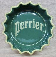 CENDRIER CAPSULE PERRIER / MODELE DEPOSE - Ceniceros