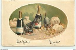 N°14290 - Carte Gaufrée - Ein Frohes Neujahr - Teckels Au Milieu Des Pièces D'or, Et Des Bouteilles De Champagne Dackel - New Year
