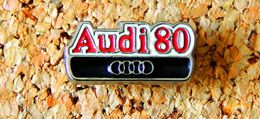 Pin's AUDI 80 Peint Cloisonné Fabricant Inconnu - Audi