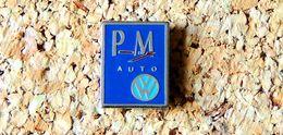 Pin's WOLKSWAGEN Logo PM Auto Peint Cloisonné Fabricant Inconnu - Volkswagen
