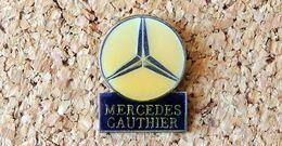 Pin's MERCEDES Logo Garage GAUTHIER Verni époxy Fabricant Inconnu - Mercedes