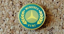 Pin's MERCEDES BENZ Logo Diamètre 22mm Verni époxy Fabricant Inconnu - Mercedes