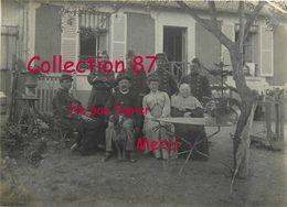 78 ☺♥♥ LA BRETECHE - GROUPE De MILITAIRES Du 5e REGIMENT Du GENIE CHEZ L'HABITANT En 1912 < DETAILS DESCRIPTION - St. Nom La Breteche
