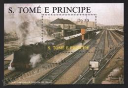 Sao Tome & Principe 1987 Yvert BF 54, Trains. Pamplona Railway Station, Mikado Locomotive - Miniature Sheet - MNH - Sao Tomé E Principe