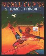 Sao Tome & Principe 1993 Yvert BF 145, Sports. Football, USA FIFA World Cup, Player - Miniature Sheet - MNH - Sao Tome And Principe