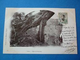 LAOS.  CPA  DANS LA BROUSSE   VOYAGEE 1909 PRECURSEUR TIMBREE - Laos