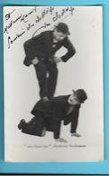"""PHOTO---ARTISTE --"""" LES CLODO'CHS """"--aérobates Burlesques--autographe--voir 2 Scans - Dédicacées"""