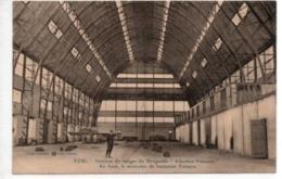 """Toul-Interieur Du Hangar Du Dirigeable""""Adjudant Vincenot""""-Au Fond Le Monoplan Du Lieutenant Trétarre - Toul"""