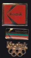 65864-Lot De 3 Pin's.Kodak.Photo. - Fotografía