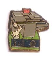 D163 Pin's Informatique Computer BULL Imprimante Ordinateur Achat Immédiat - Informatique