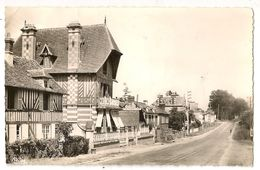 14-65 - Dozulé - Le Faubourg De Caen - Autres Communes