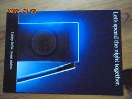 """Carte Postale Publicitaire Allemand (Taschen 1996) 16,3 X 11,4 Cm. Lucky Strike. Sonst Nichts. """"Night"""" 1990 - Objets Publicitaires"""