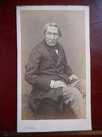 PHOTO CDV 19 EME HOMME TYPE NOTABLE MODE  Cabinet CARJAT A PARIS - Ancianas (antes De 1900)