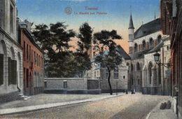 Belgium Tournai Le Marche Aux Poteries Postcard - Bélgica