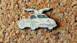 Pin's MERCEDES 300SL Blanche Peint Cloisonné Fabricant Inconnu - Mercedes