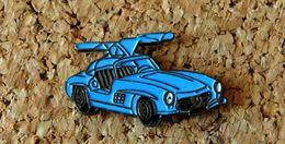 Pin's MERCEDES 300 SL Bleue Peint Cloisonné Fabricant CEC/ID PREMIER - Mercedes
