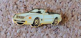 Pin's MERCEDES 500 SL Cabriolet Verni époxy Série Fabrication Pour MERCEDES - Mercedes