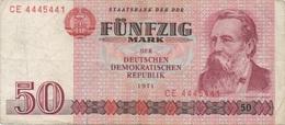 Allemagne De L'Est RDA DDR : 50 Mark 1971 (petite Déchirure) - [ 6] 1949-1990 : GDR - German Dem. Rep.