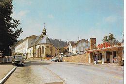 1 CPM. Trois-Epis : Chapelle Du Pélerinage Et Couvent. Station Essence TOTAL, Voitures - Trois-Epis