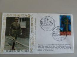 GENERAL DE GAULLE DANS UNE RUE DE LONDRES JUIN 1940 - Obj. 'Souvenir De'