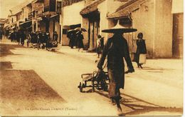 2519 -TONKIN - Viet-Nam  :  Un Coolie  Chinois à Hanoï      Circulée En 1933 - Viêt-Nam