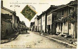 2523 -  Ain - St JULIEN Sur REYSSOUZE : Grande Rue   - Circulée En 1917 - Autres Communes