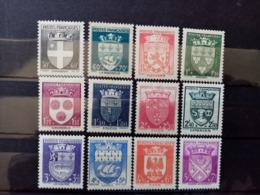 FRANCE.1942. N° 553 à 564 . Série ARMOIRIES Complète. NEUFS+ Côte Yvert 30 € - 1941-66 Armoiries Et Blasons